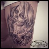 Crazy Colors-Tattoo Oberschenkel- La Catrina black and grey