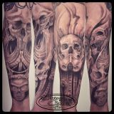 Crazy Colors-Tattoo Unterarm-Skulls und Stormtrooper in black and grey