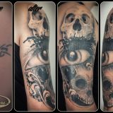 Crazy Colors-Tattoo am Arm Cover Up - Skulls and Eye - Splashes